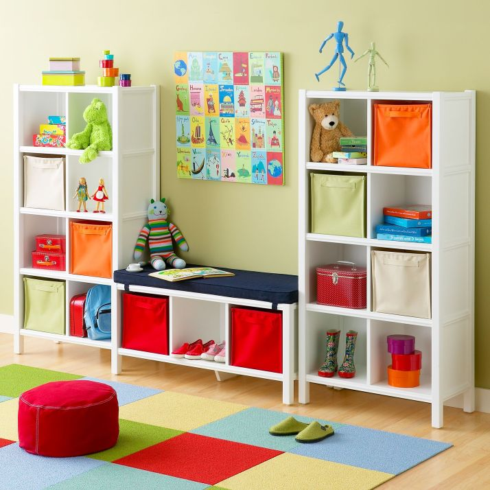 kids-bedroom-storage-space