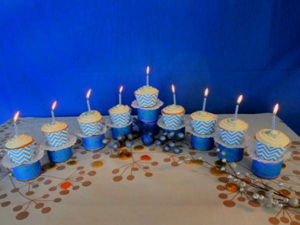 menorah-cupcakes7