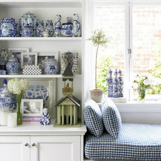 עיצוב הבית בכחול לבן