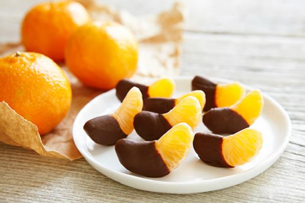 תפוז עם שוקולד