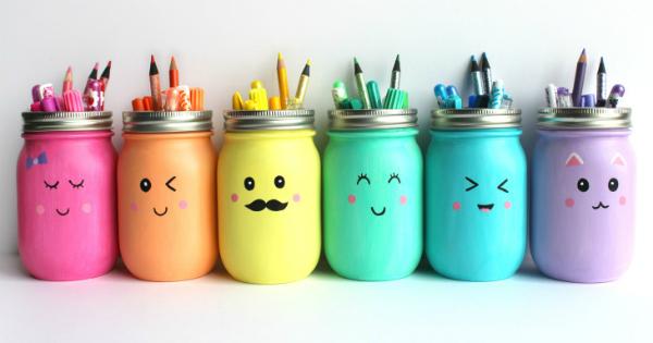 מעמד לעפרונות